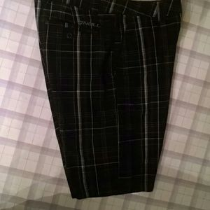 O'Neill men's black plaid shorts Size 32